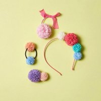 <img class='new_mark_img1' src='https://img.shop-pro.jp/img/new/icons1.gif' style='border:none;display:inline;margin:0px;padding:0px;width:auto;' />milk and soda TULLE POM HEADBAND Bubble