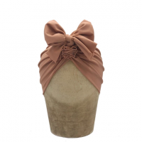 <img class='new_mark_img1' src='https://img.shop-pro.jp/img/new/icons1.gif' style='border:none;display:inline;margin:0px;padding:0px;width:auto;' />fini head wrap cocoa