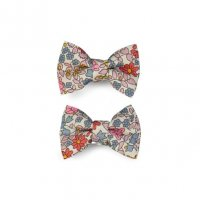 <img class='new_mark_img1' src='//img.shop-pro.jp/img/new/icons1.gif' style='border:none;display:inline;margin:0px;padding:0px;width:auto;' />Kids Liberty Mini bowtie clips Emilias flowers  2P