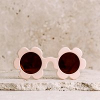 <img class='new_mark_img1' src='https://img.shop-pro.jp/img/new/icons1.gif' style='border:none;display:inline;margin:0px;padding:0px;width:auto;' />outlet!! daisy sunglass バニラ