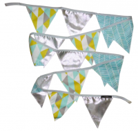 <img class='new_mark_img1' src='https://img.shop-pro.jp/img/new/icons16.gif' style='border:none;display:inline;margin:0px;padding:0px;width:auto;' />La CHAMELLe Blue&Silver Garland 2.5M