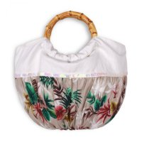 <img class='new_mark_img1' src='https://img.shop-pro.jp/img/new/icons52.gif' style='border:none;display:inline;margin:0px;padding:0px;width:auto;' />Troizenfants Sac  Off white