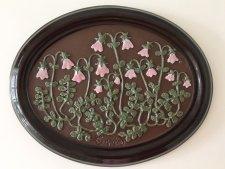 可愛い小さなピンクの花の陶板の壁掛け/ ガブリエル / スウェーデン