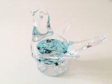 可愛い 北欧のガラスの鳥のオブジェ / 透明色 & 水色の玉模様 / スウェーデン