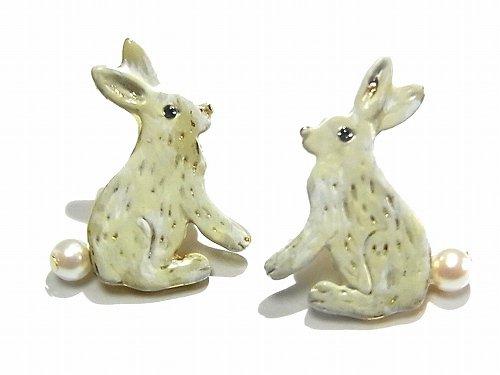 Leps イヤリング (カラー:ホワイト) 【 Luccica / ルチカ 】 【ゆうメール 送料無料 】 ウサギ アクセサリー 兔 動物 個性的 カワイイ パール 人気 ラビ…