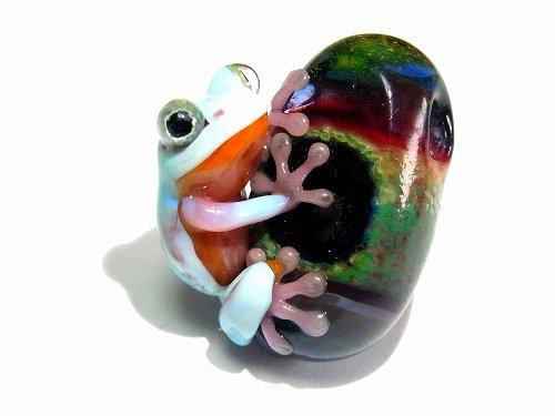 『 宙 そら 』【 kengtaro / ケンタロー 】  カエル ボロシリケイトガラス 職人 作家 蛙 かえる フロッグ 一点 カラフル 芸術 個性的 かわいい おし…