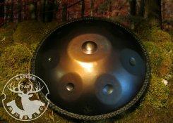 ハンドパン (Dマイナー) 8音程 ブラック×レザーブレード編み