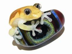 『 宙 そら(弐) 』【 kengtaro ケンタロー 】  カエル ボロシリケイトガラス 職人 作家 蛙 かえる フロッグ 一点 カラフル 芸術 個性的 かわいい おしゃれ