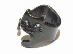 含み笑いねこ リング(ブラック) 【 Luccica ルチカ 】【 メール便 送料無料 】 ネコ 猫 キャット 指輪 にゃんこ 可愛い レディース 誕生日 プレゼント 女性 雑貨
