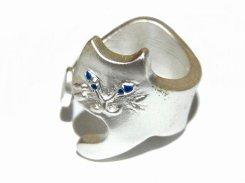 含み笑いねこ リング(カラー:シルバー) 【 Luccica ルチカ 】【 メール便 送料無料 】 ネコ 猫 キャット 指輪 可愛い レディース 誕生日 プレゼント 女性 雑貨