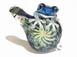梅雨 【 kengtaro / ケンタロー 】 梅雨の頃合い ボロシリケイトガラス 職人 作家 蛙 かえる フロッグ 一点 カラフル 芸術 個性的 リング シーズン 季節