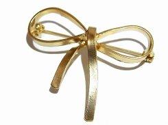 Big Ribbon ブローチ 【 Luccica ルチカ 】【メール便送料無料】 アクセサリー カワイイ 個性的 誕生日 プレゼント モチーフ ブランド グッズ ナチュラル