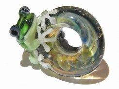 入梅 八【 kengtaro / ケンタロー 】 梅雨の頃合い ボロシリケイトガラス 職人 作家 蛙 かえる フロッグ 一点 カラフル 芸術 個性的 リング シーズン 季節