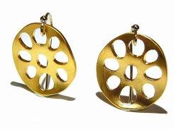 レンコンチップス ピアス 【 cuir carameliser クイール キャラメリゼ 】【 メール便 送料無料 】 蓮根 れんこん アクセサリー earrings