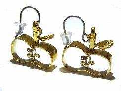 種がみえるりんご ピアス【thuthu appetizing accessories/nupi】 ハンドメイド 真鍮 アクセサリー 林檎 リンゴ アップル  accessoies