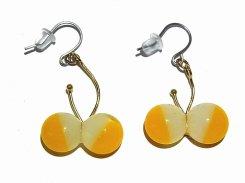 ちいさいちょうちょ ダブル ピアス(白、黄)【 thuthu appetizing accessories / nupi 】 ハンドメイド 真鍮 アクセサリー 蝶 バタフライ accessoies