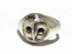 メンフクロウ ピンキーリング フリーサイズ 【 ariam 】 ハンドメイド アクセサリー ジュエリー 動物 かわいい 指輪 フクロウ ふくろう シルバー