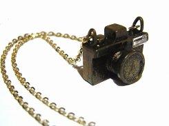 クラシックカメラ ネックレス (ブロンズ)【 Luccica ルチカ 】【メール便送料無料】 アクセサリー ジュエリー レディース 大人かわいい カメラ 一眼レフカメラ ホビー 趣味 おもしろ