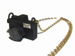 クラシックカメラ ネックレス (ブラック)【 Luccica ルチカ 】【メール便送料無料】 アクセサリー ジュエリー レディース 大人かわいい カメラ 一眼レフカメラ ホビー 趣味 おもしろ