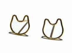 金色の輪郭 ねこピアス【 Tiny tail タイニーテイル 】 真鍮 猫 アクセサリー 猫好き ねこ キャット シンプル さりげない