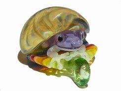 Frog in the Shell 五【 kengtaro ケンタロー 】  カエル ボロシリケイトガラス 職人 作家 蛙 かえる フロッグ 個性的 かわいい おしゃれ ペンダント トップ