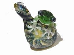 梅雨 参 【 kengtaro ケンタロー 】 ボロシリケイトガラス 職人 作家 蛙 かえる フロッグ 一点 個性的 アクセサリー ジュエリー ペンダント トップ