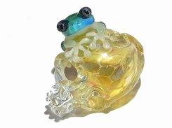 夢の中【 kengtaro ケンタロー 】 スカル 髑髏 骸骨 カエル ネックレス ペンダントトップ かえる プレゼント 硝子 ガラス お洒落