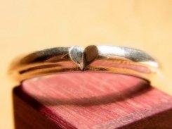 『 カットハートのリング 』【 林檎屋 】【 メール便 送料無料 】 シルバーアクセサリー 指輪 ハート かわいい 個性的 おしゃれ