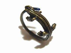 ニホントカゲ リング 【 Palnart Poc パルナートポック 】【 メール便 送料無料 】ユニーク 可愛い アクセサリー 指輪 誕生日 プレゼント 雑貨 おしゃれ かわいい 爬虫類