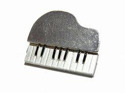 ピアノ ブローチ (シルバー)【 Luccica ルチカ 】【メール便送料無料】 楽器 演奏 音楽 アクセサリー かわいい 個性的 コンサート ライブ ユニーク