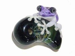 カエル アクセサリー 『 勾玉 (マガタマ) 十一 ペンダントトップ 』【 kengtaro ケンタロー 】 勾玉 蛙 ガラス 作家 フロッグ