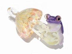 Frog on a Mushroom 拾 ペンダントトップ 【 kengtaro ケンタロー 】  ガラス 職人 作家 蛙 かえる フロッグ 菌 きのこ アクセサリー ネックレス