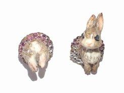 ウサギのピアス (ブラウン×ピンク)【 Wadou-koubou 和道工房 】 りんごの森の小さな住人シリーズ うさぎ アニマル 動物
