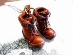 小人の編み上げブーツ ネックレス キャメル【もりや ゆか】ハンドメイド レザーアクセサリー レディース 手作り 牛革 革製品 小物