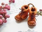 小人の編み上げブーツ・スエード バッグチャーム【もりや ゆか】