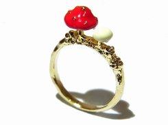 mush キノコ リング (赤色)【 Luccica ルチカ】【メール便送料無料】 指輪 アクセサリー きのこ 菌 可愛い レディース ナチュラル おもしろ ユニーク