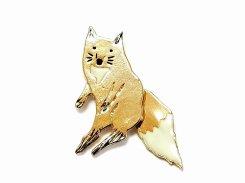 ゆらゆらしっぽキツネ ブローチ 【 Luccica ルチカ 】【メール便送料無料】 狐 きつね アクセサリー 個性的 おもしろ かわいい レディース アニマル 動物 誕生日 プレゼント ユニーク