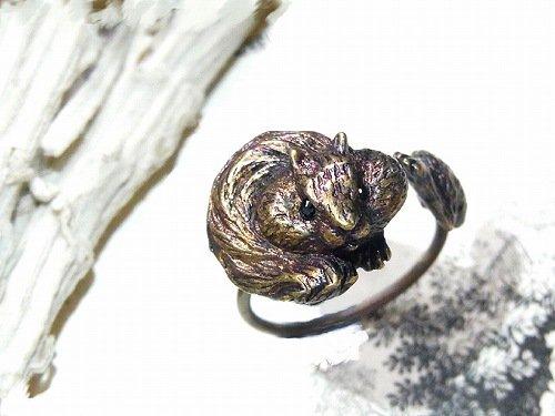 フサフサりす リング【cuir carameliser/クイールキャラメリゼ】【ゆうメール送料無料】リス アクセサリー かわいい アニマル 動物 指輪 キュート おもしろ
