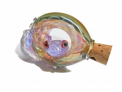 出られた 【kengtaro/ケンタロー】  ボロシリケイトガラス 職人 作家 蛙 かえる フロッグ 一点 カラフル 芸術 個性的 マーブル 硝子 アート キレイ おし…