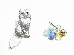 アクリルネコ ブローチ (カラー:ブラック)【 Luccica / ルチカ 】 ネコ 猫 キャット アニマル 個性的 動物 カワイイ ねこ おしゃれ 癒し ジュエリー