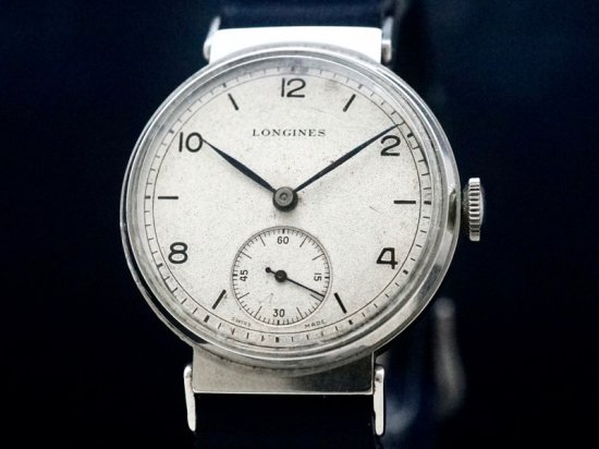 LONGINES / FLEXIBLE LUGS & HERMETIC CASE 1940'S