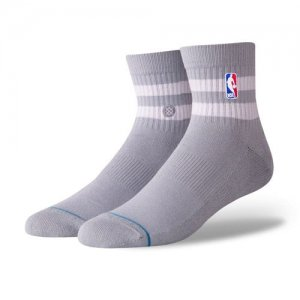 <img class='new_mark_img1' src='//img.shop-pro.jp/img/new/icons57.gif' style='border:none;display:inline;margin:0px;padding:0px;width:auto;' />STANCE(スタンス) NBA Hoven QTR Socks(NBAホーヴェンクウォーターソックス/靴下) グレー