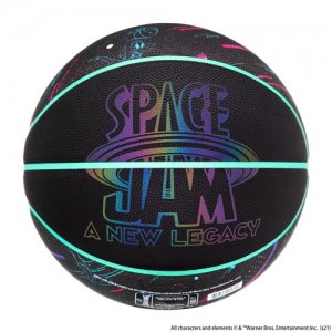 <img class='new_mark_img1' src='https://img.shop-pro.jp/img/new/icons14.gif' style='border:none;display:inline;margin:0px;padding:0px;width:auto;' />SPALDING(スポルディング)  SPACE JAM NEW LEGACY Black Ball(スペースジャム2ブラック合成皮革ボール) ブラック/グロー/7号球