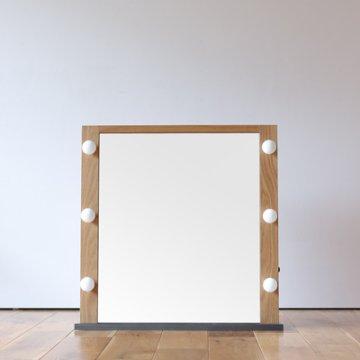 デスクトップ女優ミラー】LED卓上ドレッサー・4色対応