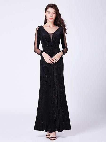 58d55f4857440 ドレスショップ グルービーナイト 海外最新ドレス 袖付きデザイン 大きい ...