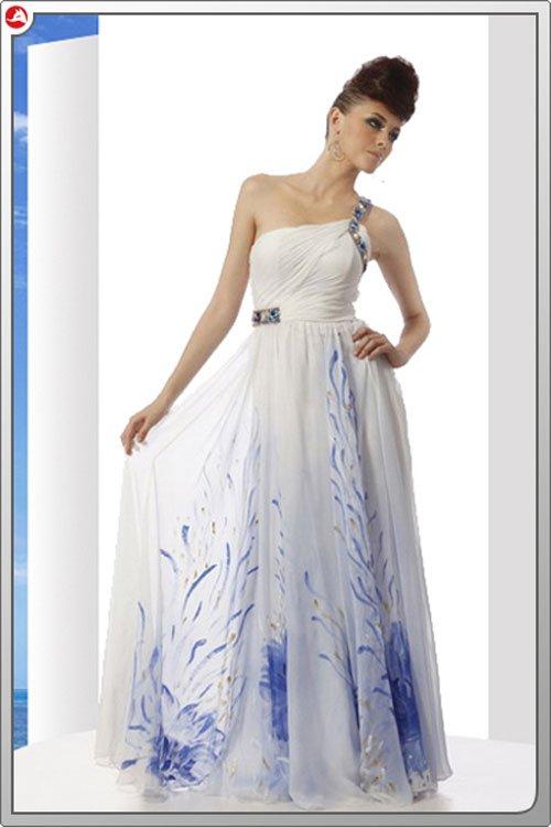 ホワイトロングドレス♪