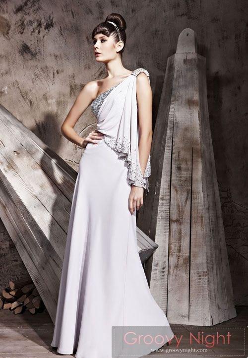 マリアデザインで神聖な雰囲気! ロングドレス♪