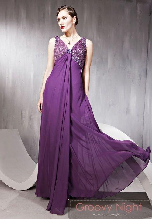 ソリッドなバックデザイン バッチリ決まるロングドレス♪