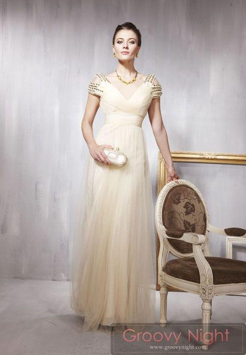 肩に注目 抑え目キラキラで秘密のオシャレが楽しめるロングドレス♪
