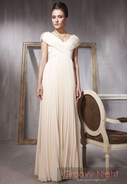 しなやかな淡い色合いが素敵なロングドレス♪